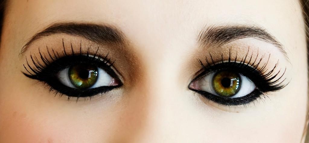 Ako opticky zväčšiť oči?